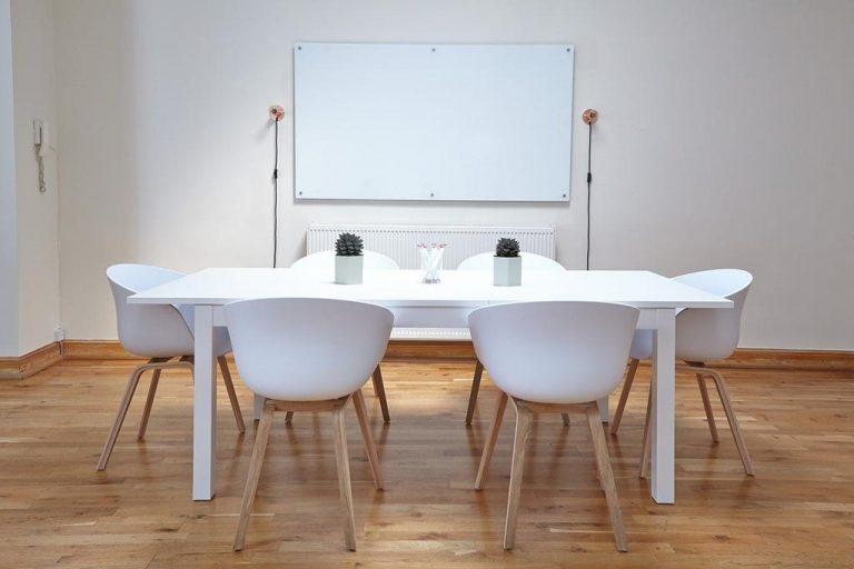 Czy jest miejsce w kraju w którym kupimy nowoczesne krzesła?