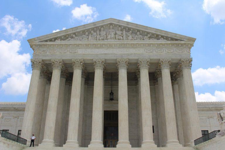 Zastanawiasz się kiedy jest odpowiedni moment, by zagościć w kancelarii prawnej?